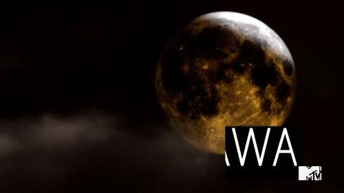 luna r e